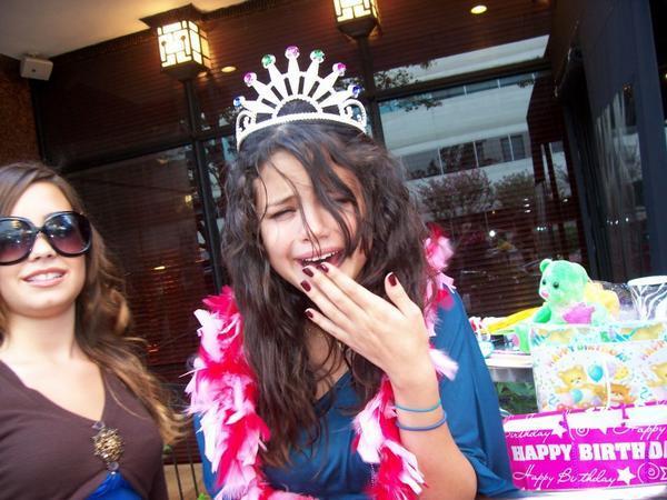 ARTICLE #1 :: Une petite princesse se prénommant Leila.. Oh mais c'est moi. 2456607694_3379e41b5e_o